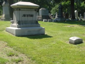 The graves of Jack Johnson and Etta Duryea, Graceland Cemetery, Chicago, Illinois